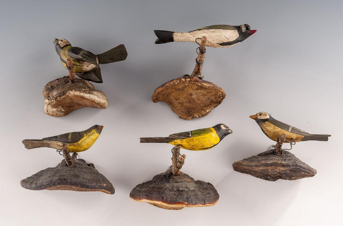 5 Carved Birds on Fungus