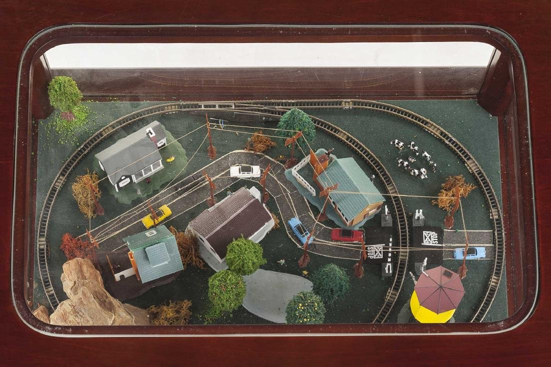 Z Scale Train & Town Diorama Side Table