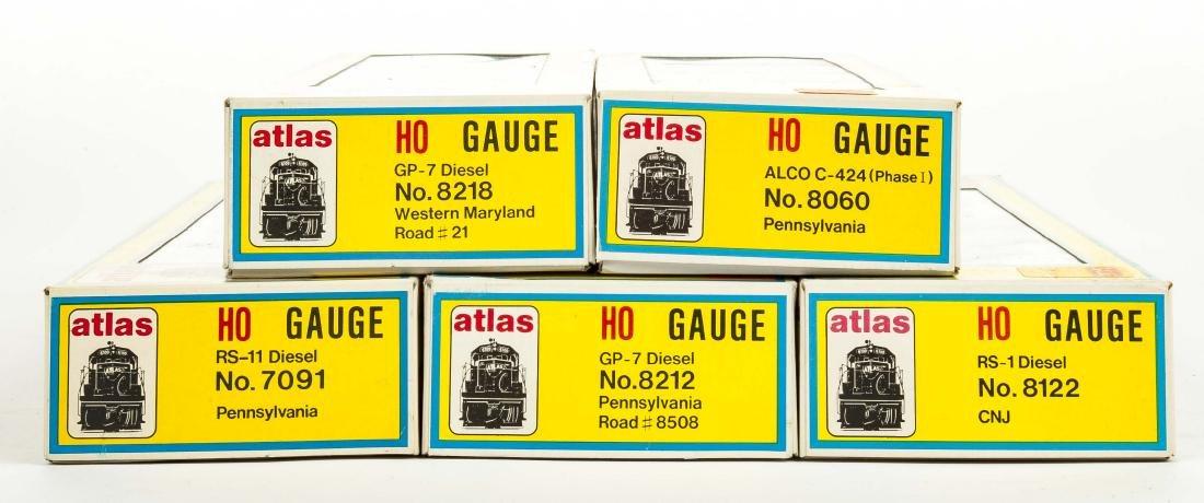 5 Atlas HO Gauge Diesel Locos in OBs