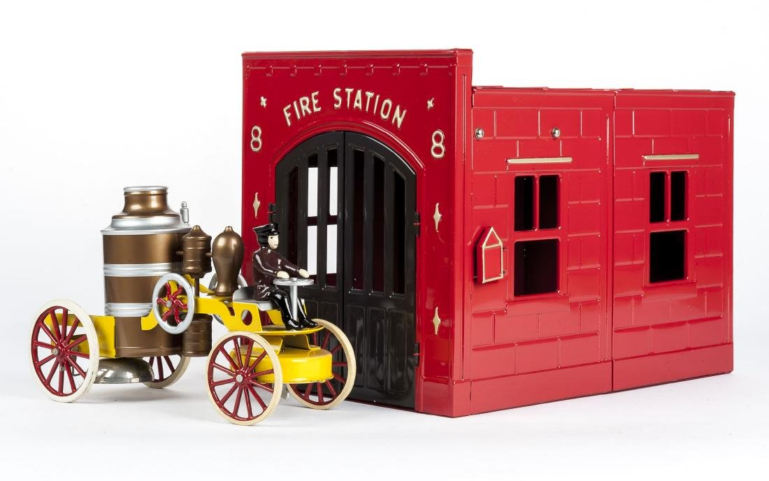 MTH Pressed Tin Fire Station & Fire Truck Repros