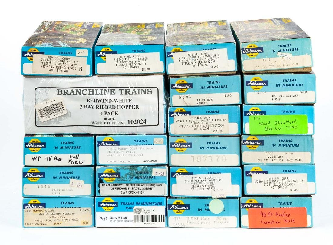 24 Athearn HO Scale Freight Cars in OBs