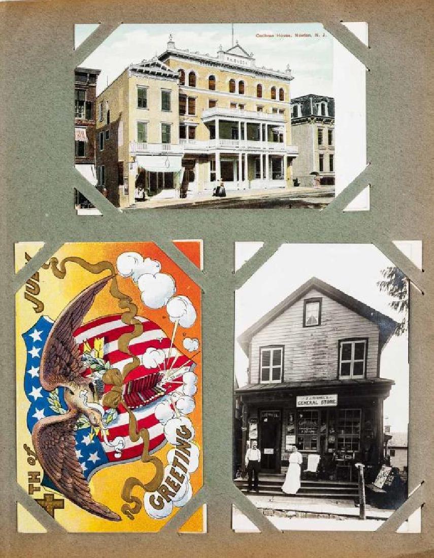 Approx 400 Vintage Postcards in Albums - 9