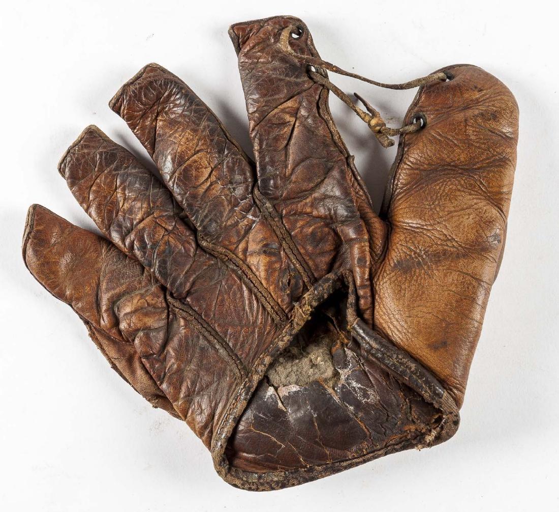 Vintage 1930's Crescent Pad Baseball Glove - 2