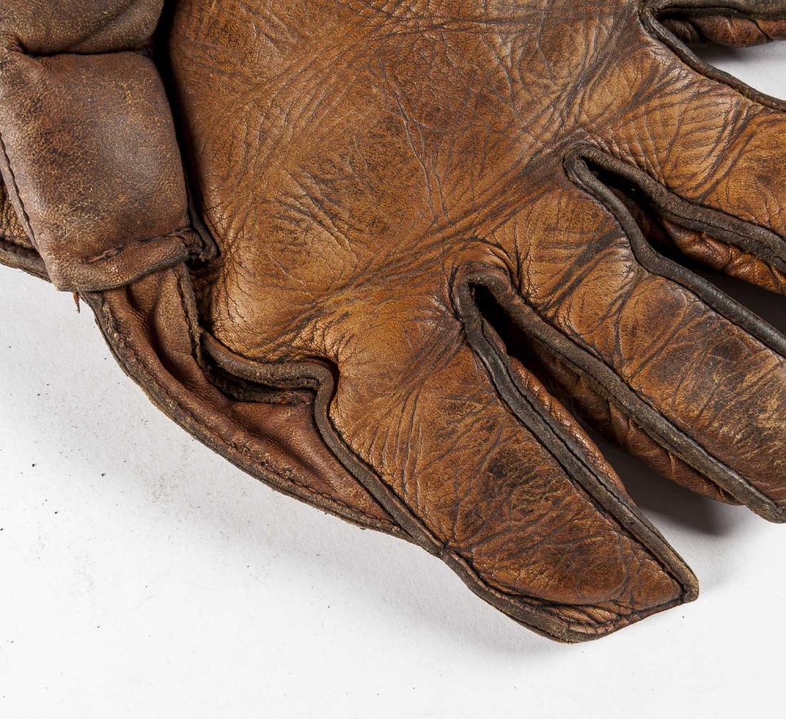 Vintage 1930's Crescent Pad Baseball Glove - 3