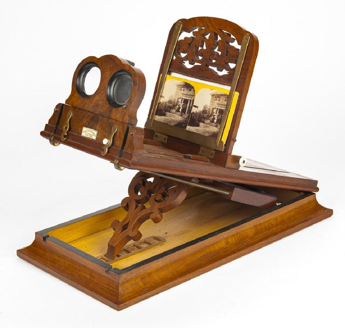 E. & H.T. Anthony & Co. Graphoscope with Card