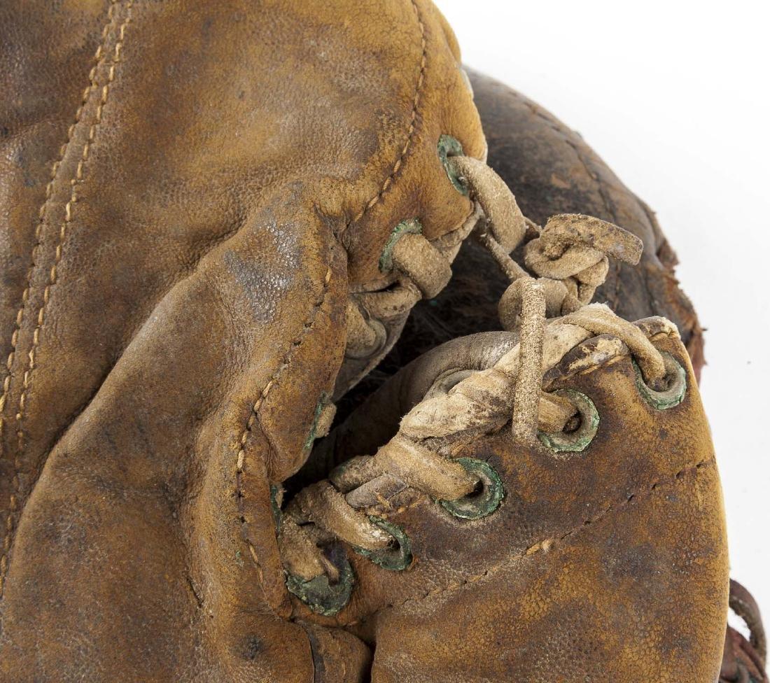 4 1920's 1st Baseman Gloves Incl Spalding - 7