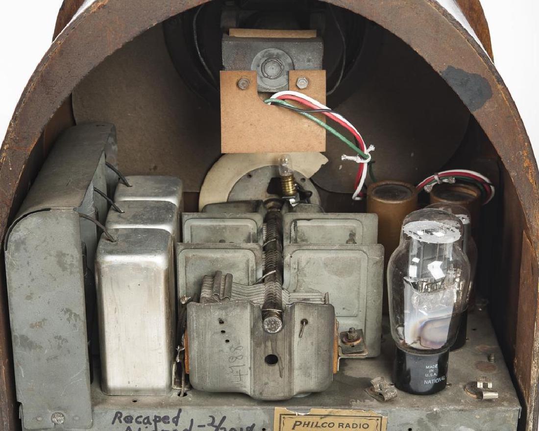 2 1930s Philco Cathedral Radios - 4