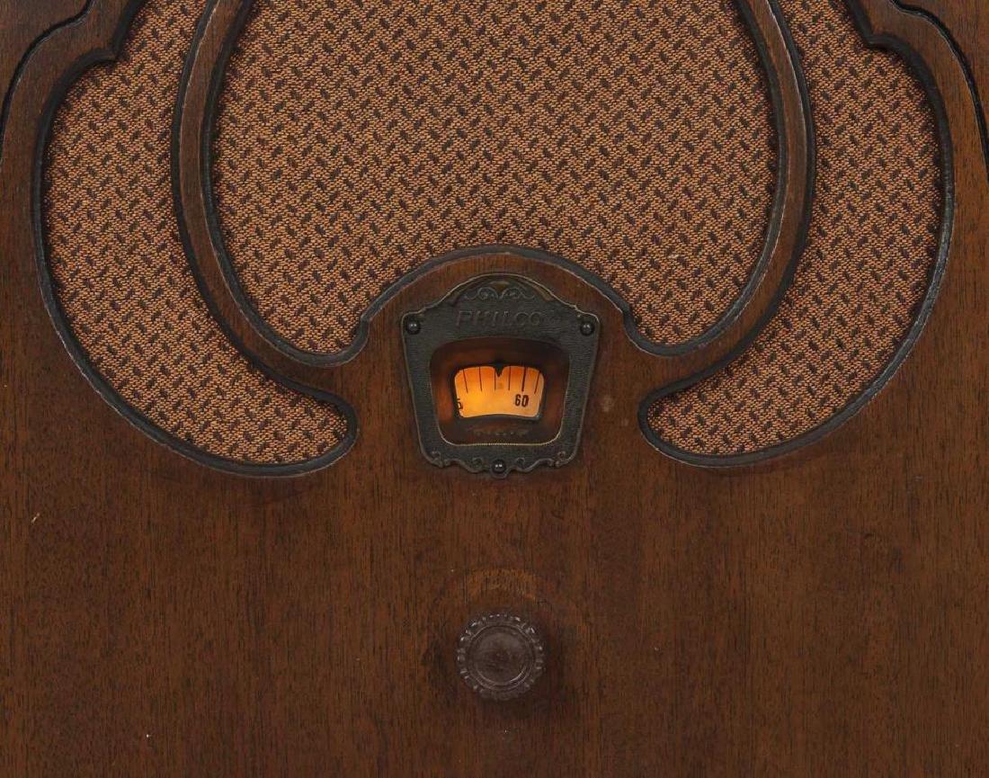 2 1930s Philco Cathedral Radios - 9