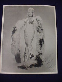18: Mae West Signed Photograph