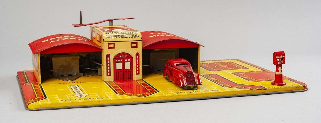 Marx General Alarm Fire House & Tricky Chief - 2