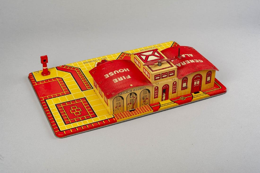 Marx General Alarm Fire House & Tricky Chief - 3