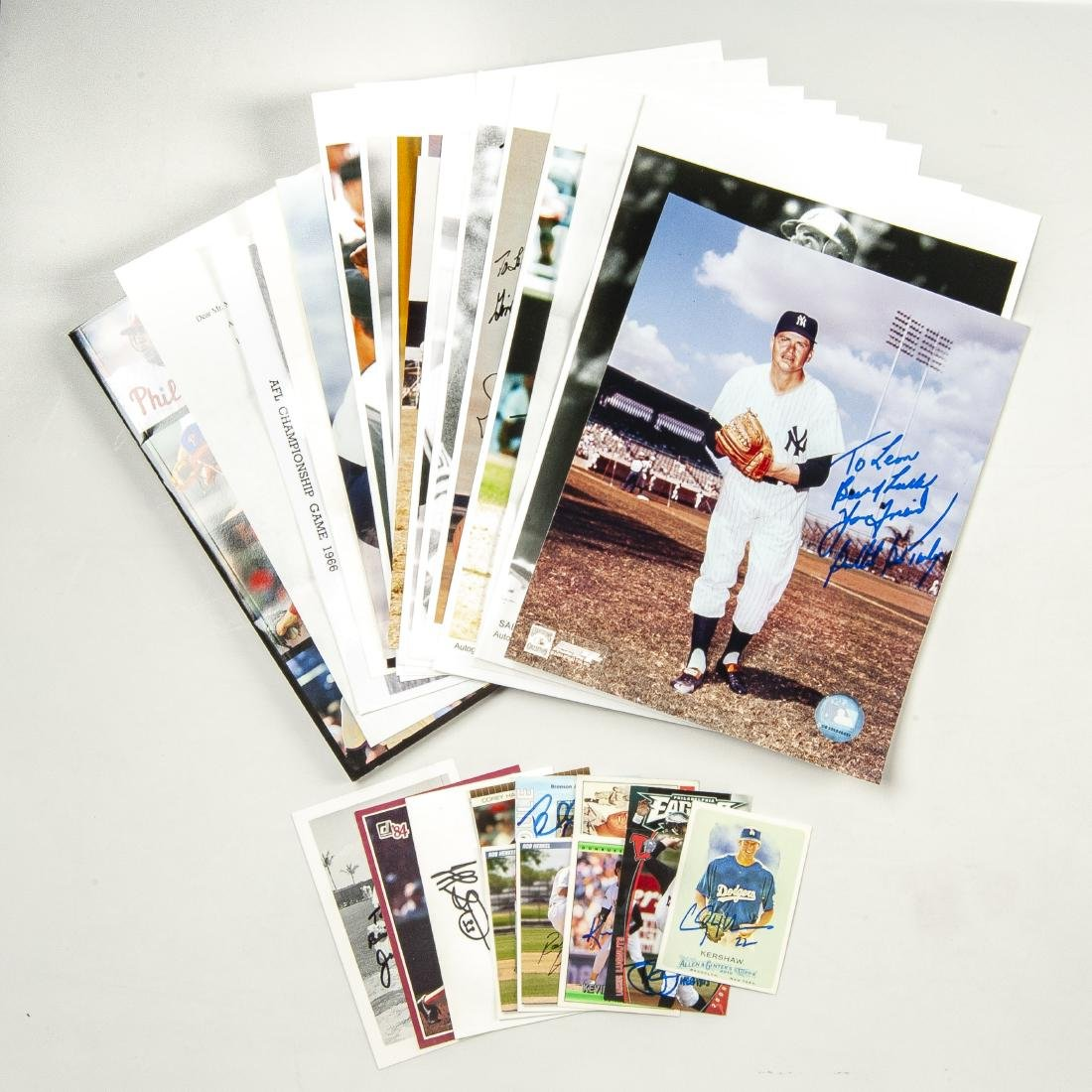 30 Items Auctographed by Athletes