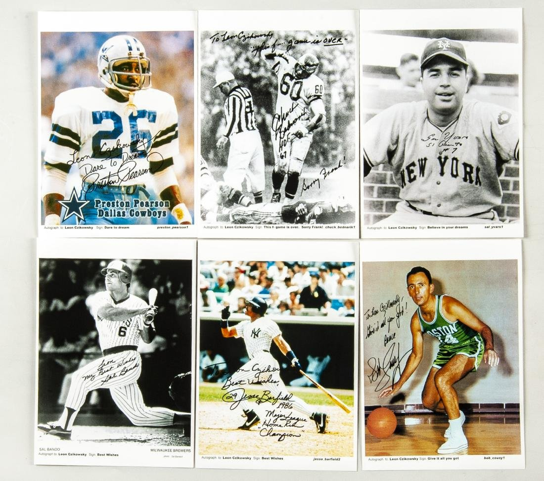 30 Items Auctographed by Athletes - 4
