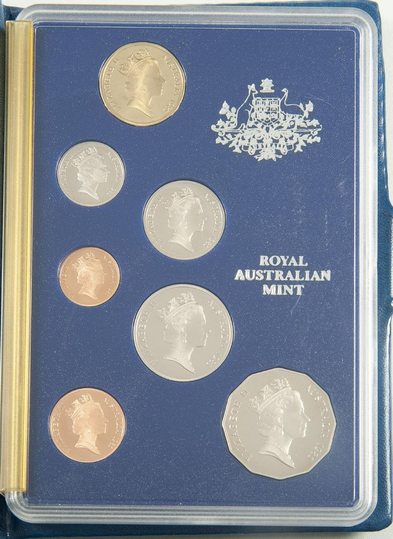 5 Royal Australian Mint Coins and 5 Sets - 7