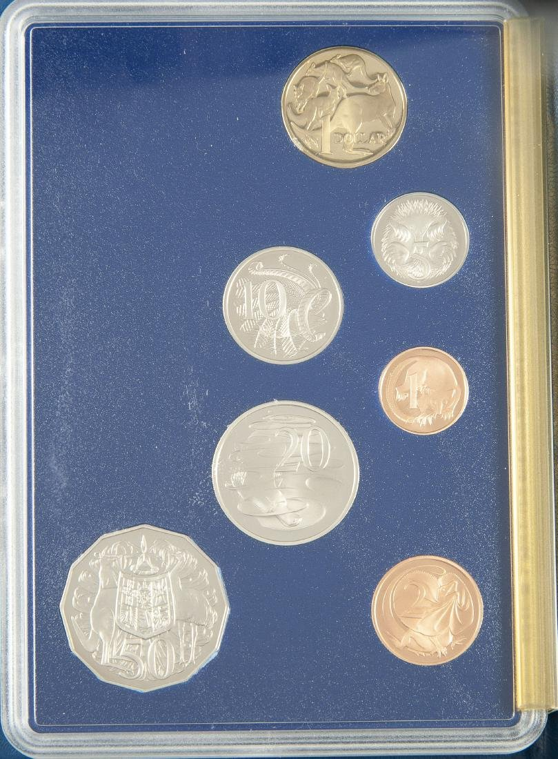 5 Royal Australian Mint Coins and 5 Sets - 8