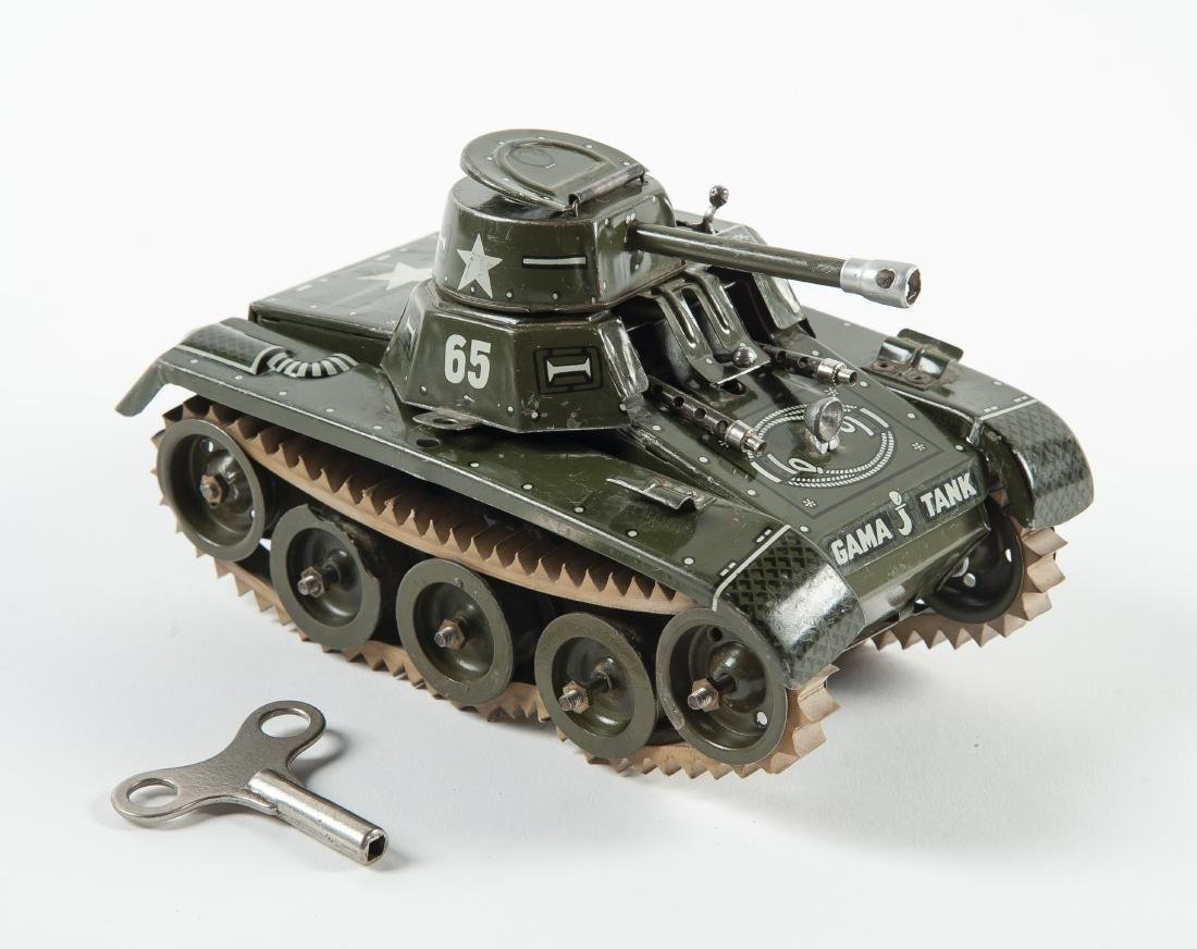 Gama 65 Montage Tank Windup Tin Toy