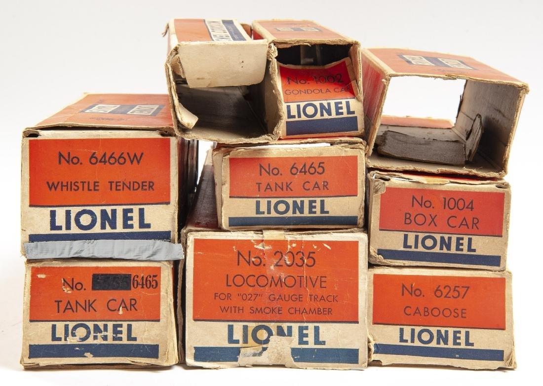 17 Lionel Postwar Rolling Stock Incl Locos - 2