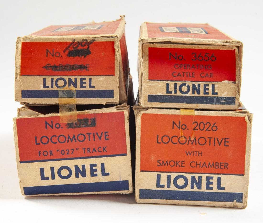 17 Lionel Postwar Rolling Stock & Accessories - 2