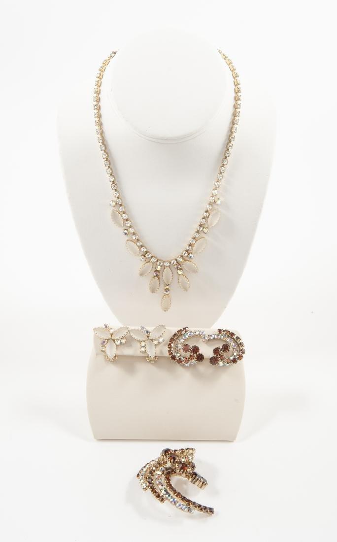 6 Pcs Brown and White Rhinestone Costume Jewelry