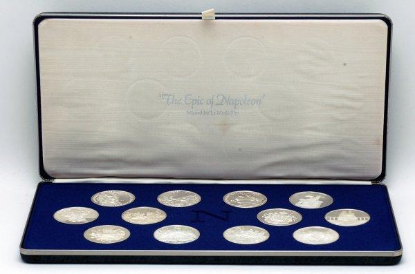 4: Set 12 Napoleon 950 Silver Medallions