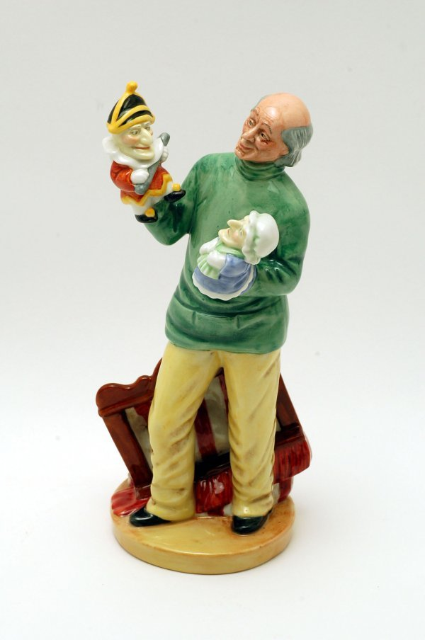 436: Royal Doulton Figurine Punch & Judy
