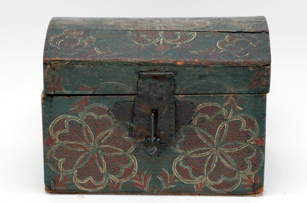 685: Trinket Box - Lancaster Compass Artist