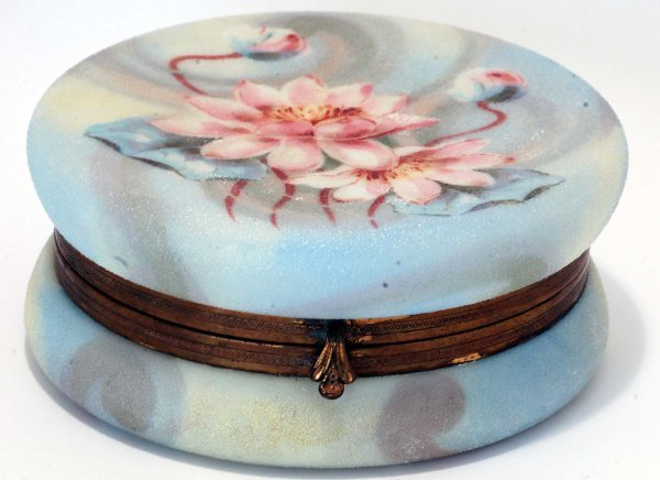 23: Large Belle Ware Dresser Box with Waterlilies