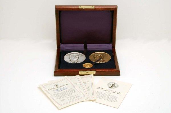 441: George Bush Ltd Ed 3 Pc Inaugural Medal Set Gold