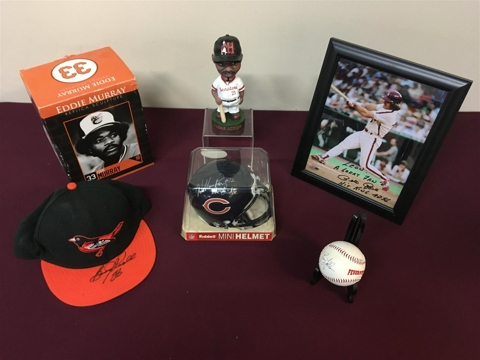 6 Pcs Signed Sports Memorabilia