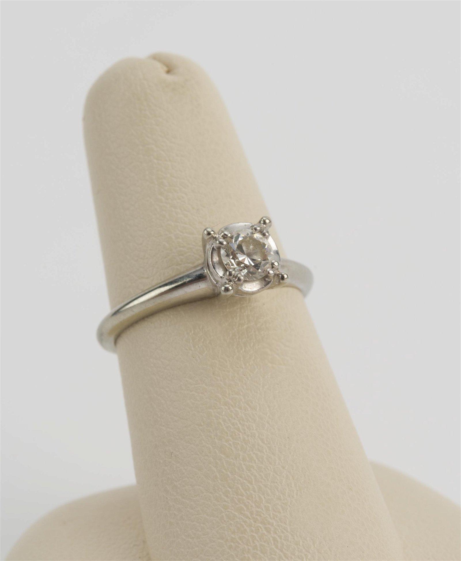 Jabel 18K White Gold Diamond Solitaire Ring