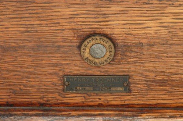 323: Henry Troemner Philadelphia Balance Scale - 4