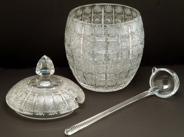 513: Queen Lace Crystal Punch Bowl Set - 2