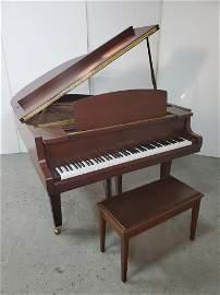 Yamaha GH1 Grand Piano w/ Bench
