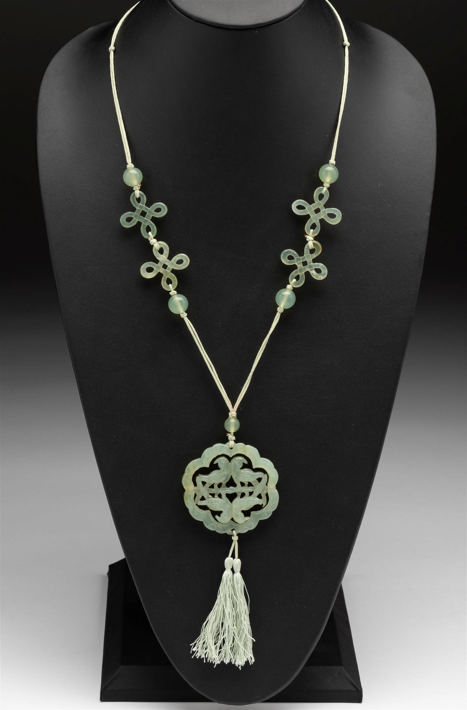 Antique Jade Articulated Pendant & Beaded Necklace