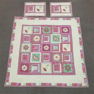 Quilt and 2 Pillow Shams