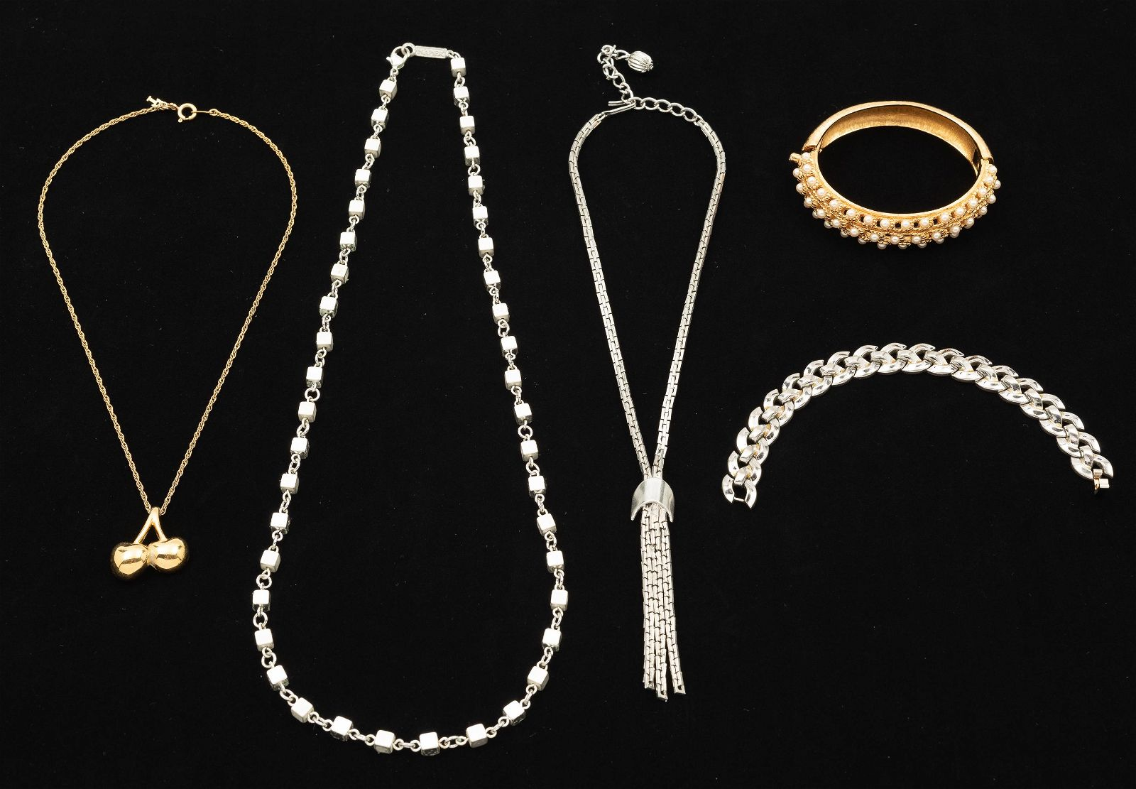 5 Pcs Costume Jewelry incl Signed