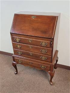 King Colonial Slant Front Desk