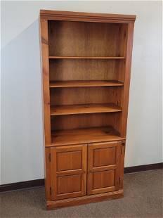 Mastercraft Bookcase / Cabinet