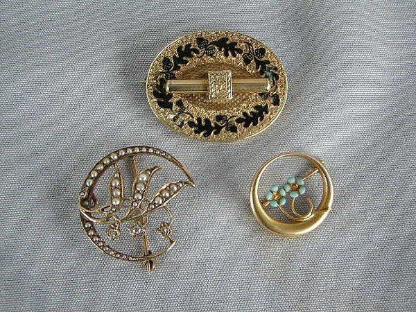 276: 3 Victorian Pins
