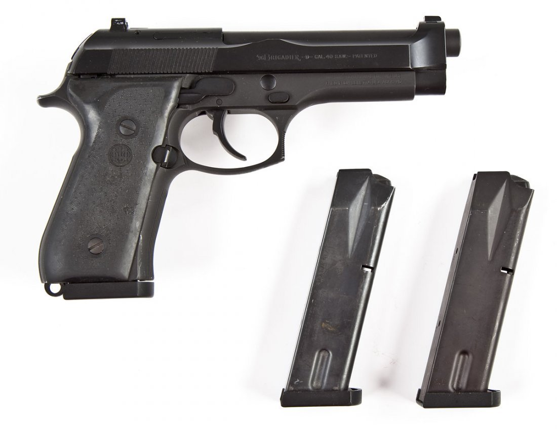 21 Beretta Pa State Police Mod 96 Pistol 40 S W Aug 12 2012 Cordier Auctions Appraisals In Pa