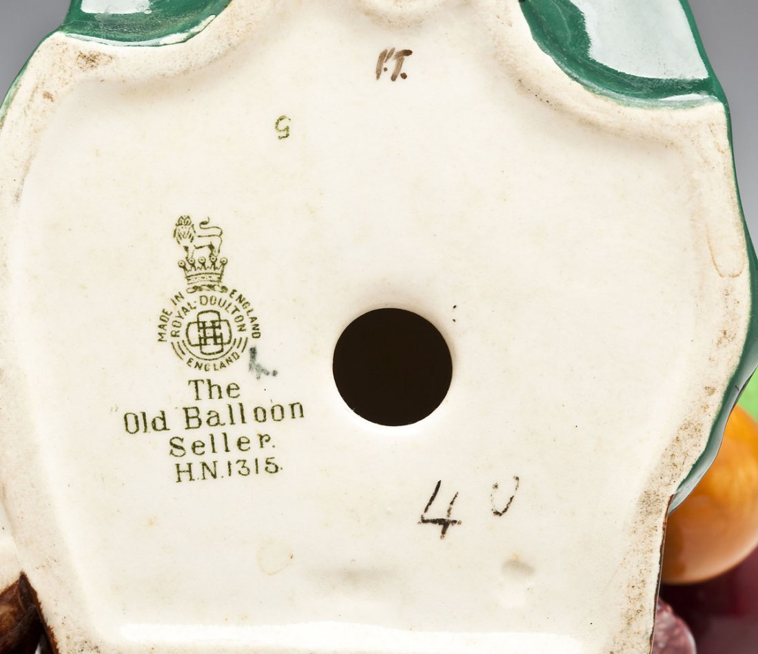 376: Royal Doulton Balloon Man & Balloon Seller Figures - 9
