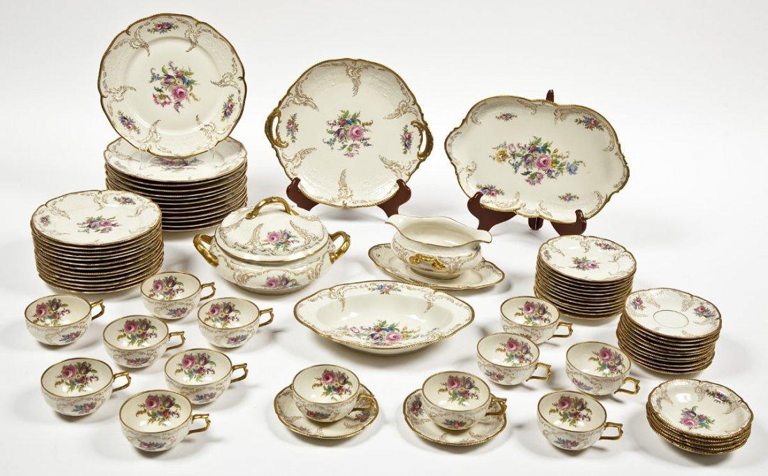 389: Rosenthal 74 Pc Sanssouci Rose Dinner Set