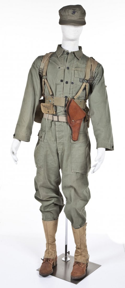 275: WWII USMC Combat Uniform Including Mannequin