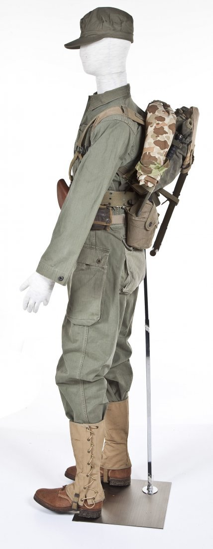 275: WWII USMC Combat Uniform Including Mannequin - 3
