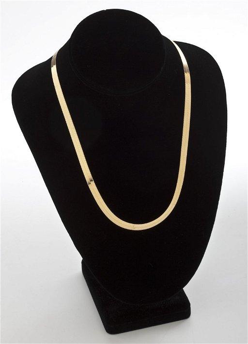 9fa52c7b3681d 254: Large 14K Gold Herringbone Necklace