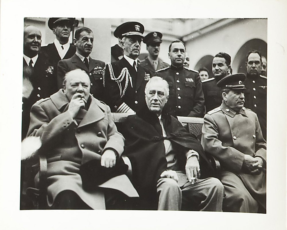 34 Candid Period Photos of Yalta Conference