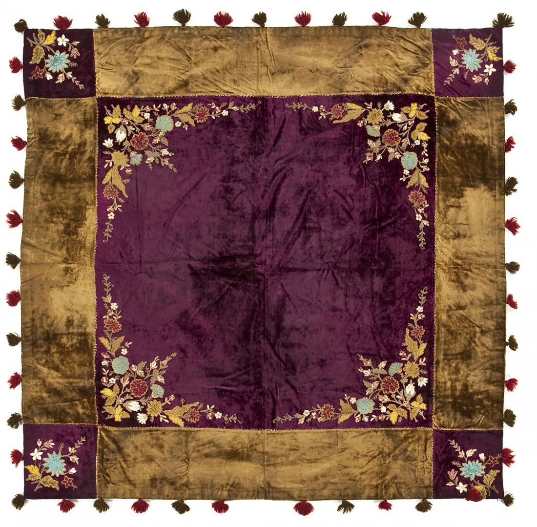 Victorian Floral Velvet Lap Robe