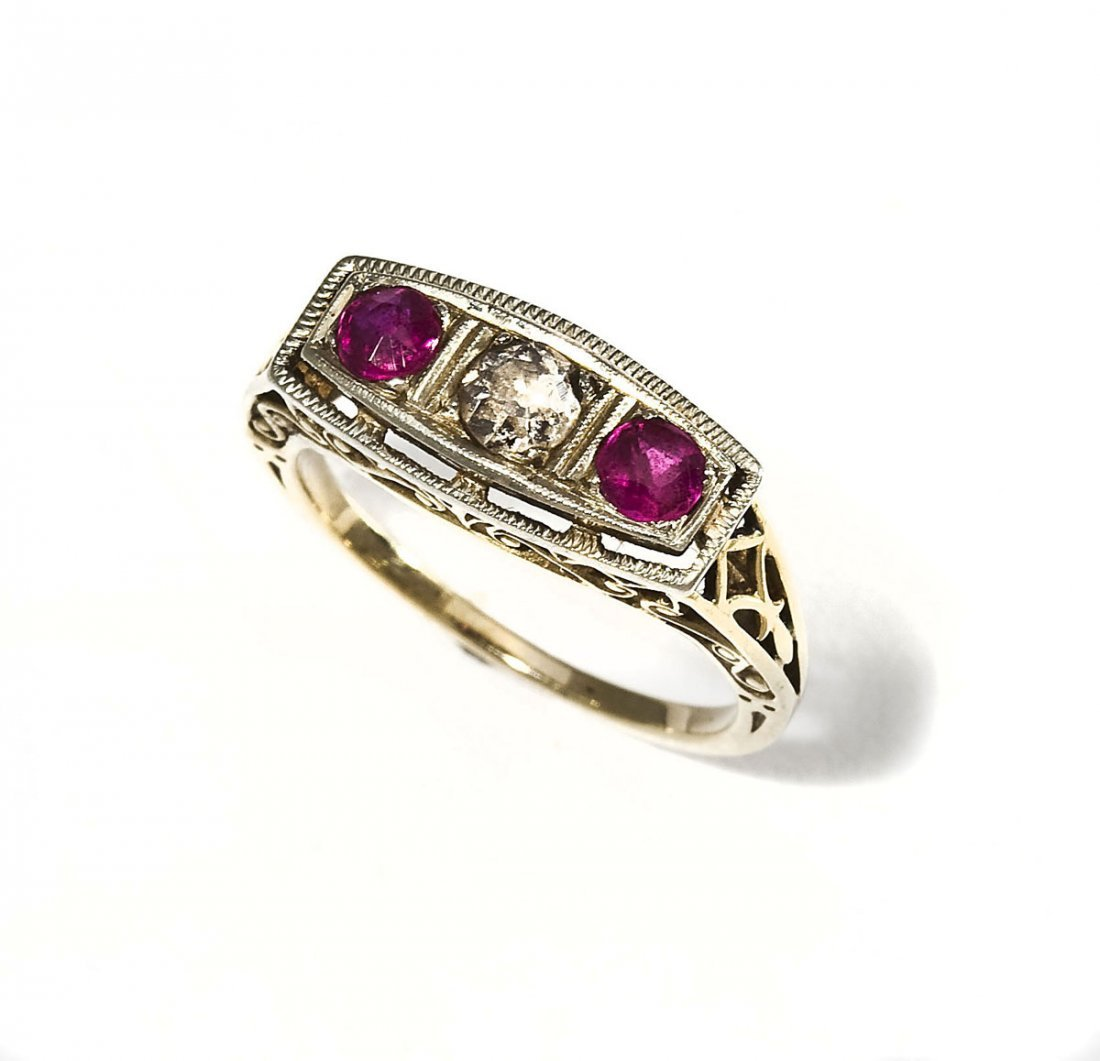 Diamond & Ruby Filigree Ring