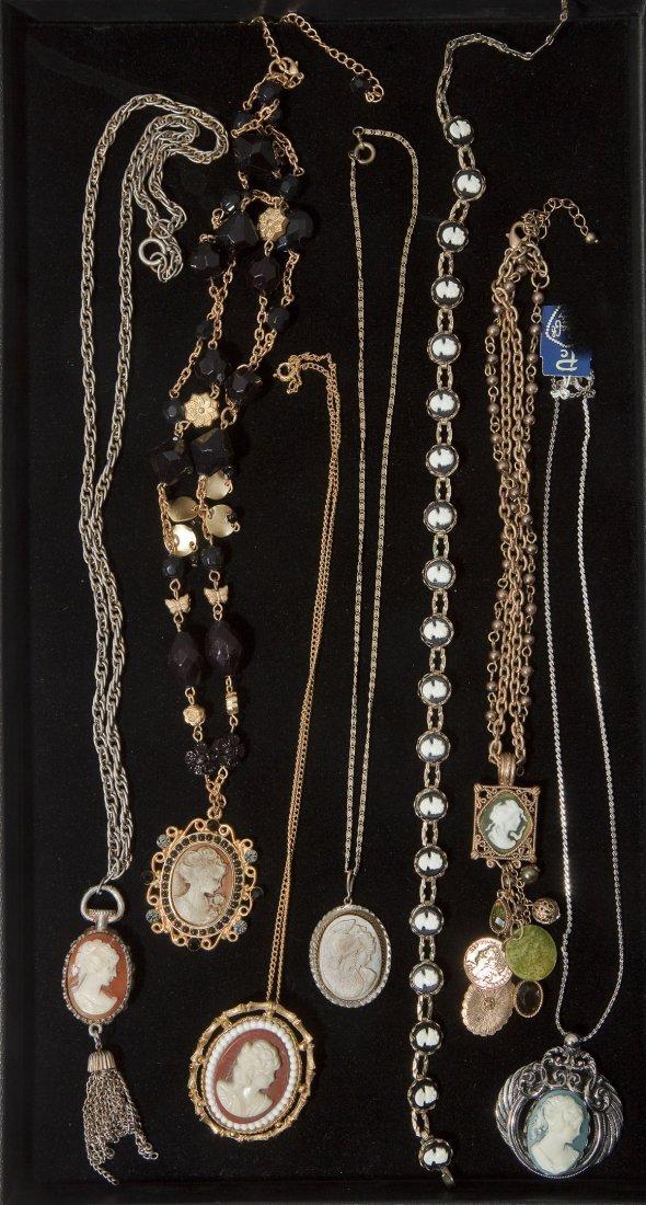 7 Fashion Cameo Necklaces