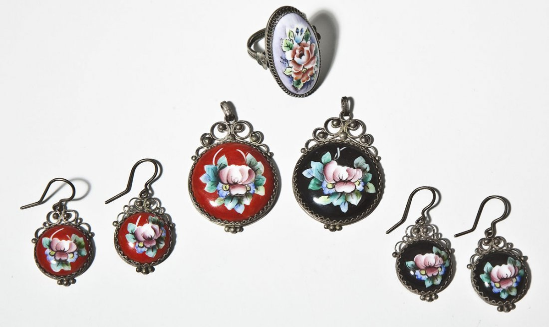 5 Pieces Floral Enameled Jewelry